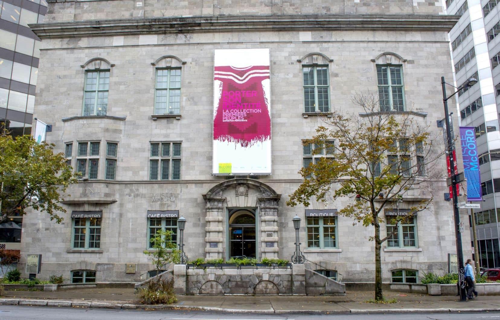 Le Musée McCord, fondé en 1921 par David Ross McCord, est installé dans un immeuble de la rue Sherbrooke qui appartient à l'Université McGill.
