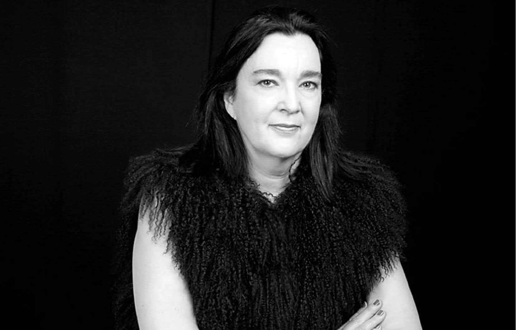 Chantal Pontbriand, commissaire et critique d'art montréalaise, est récemment revenue au Canada après avoir vécu à Paris et à Londres pendant une dizaine d'années.