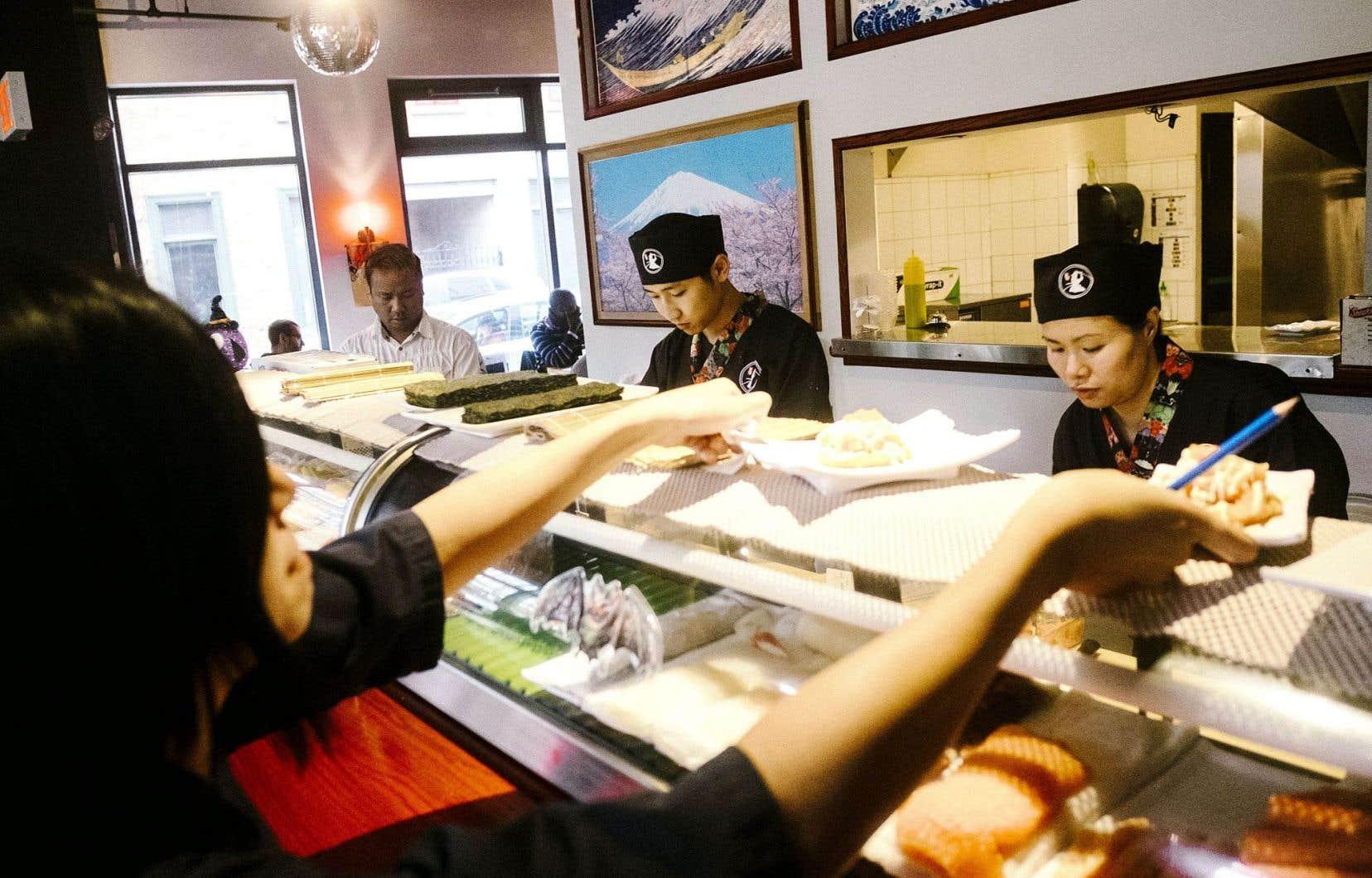 Puisque tout est servi en miniformat au Sushi Samurai de Québec, c'est le moment d'essayer de nombreux mets.