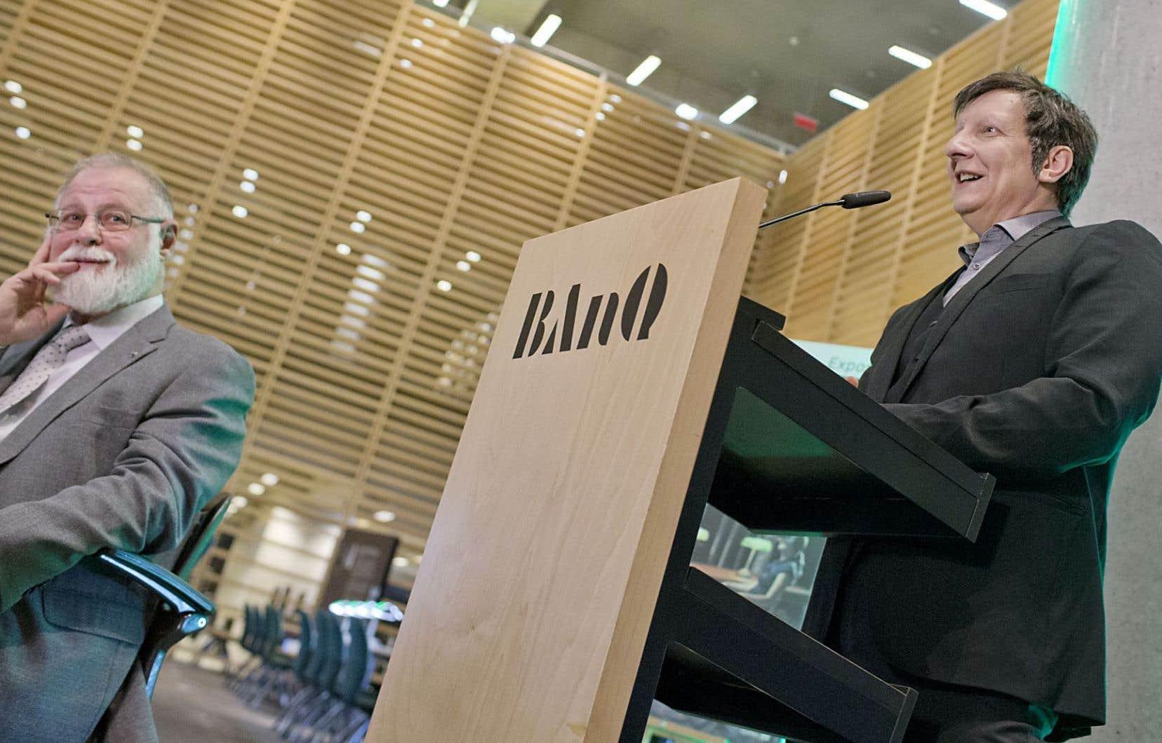 Alberto Manguel et Robert Lepage nous font visiter dix grandes bibliothèques du monde, réelles ou pas.