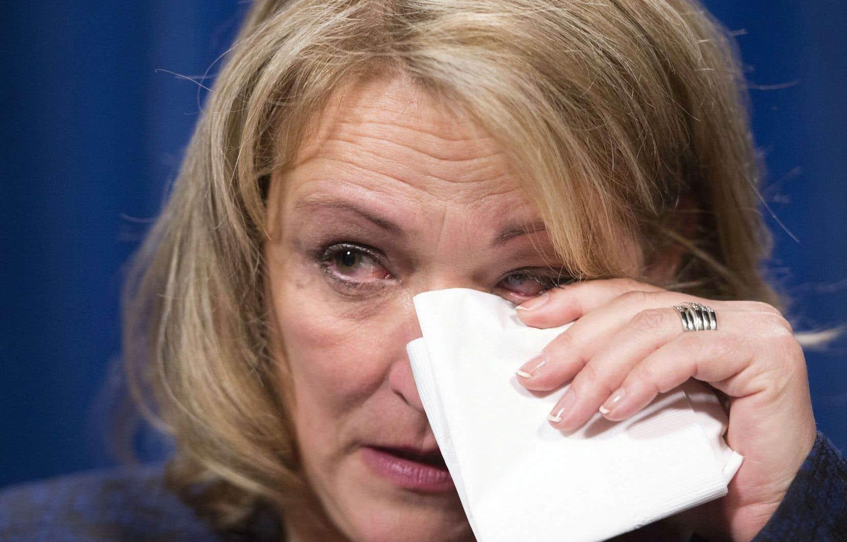 Lise Thériault avait pleuré en pleine conférence de presse, vendredi dernier, en réagissant aux présumés abus de policiers de la Sûreté du Québec (SQ) envers des femmes autochtones à Val-d'Or.
