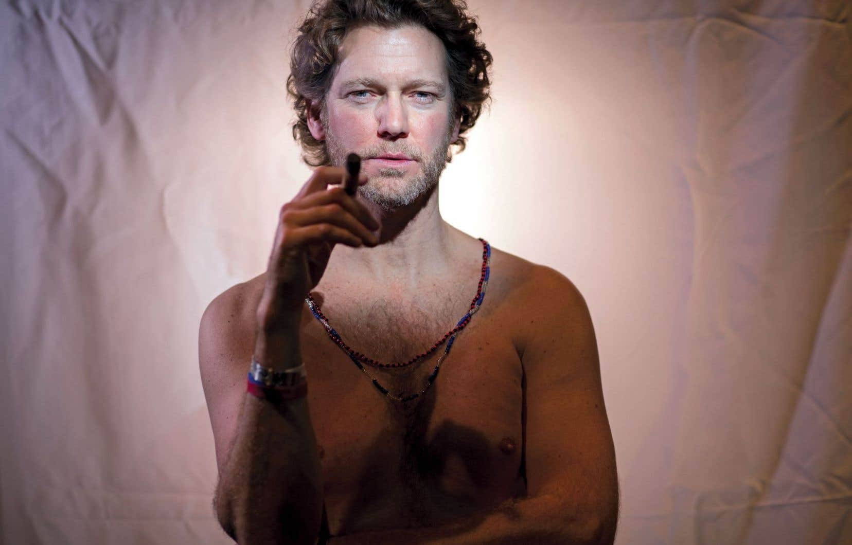 Benjamin Sioui est-il l'alter ego de son auteur? Quoi qu'il en soit, les deux nous font entrer de plain-pied dans la Santeria, cette espèce de vaudou cubain.