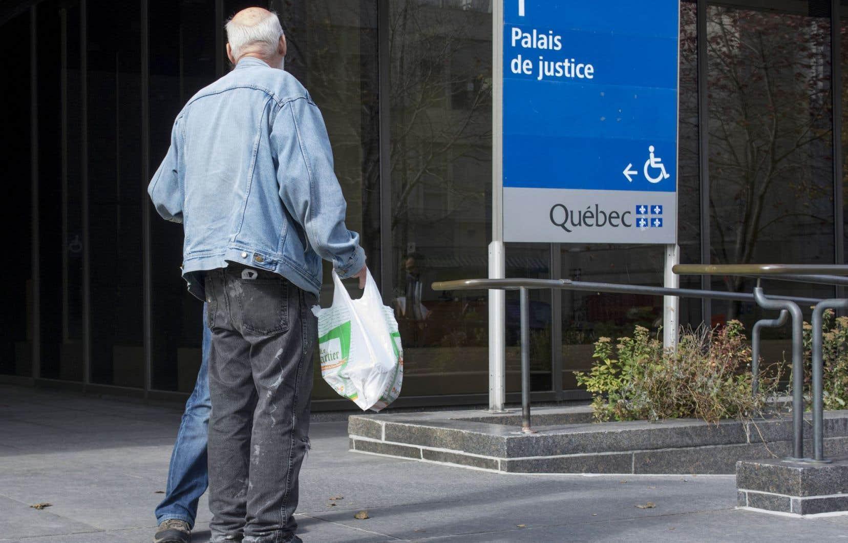 La sélection du jury a débuté ce lundi, au palais de justice de Montréal, dans le but de devancer la date d'admissibilité à la libération conditionnelle de Stéphane Gagné.