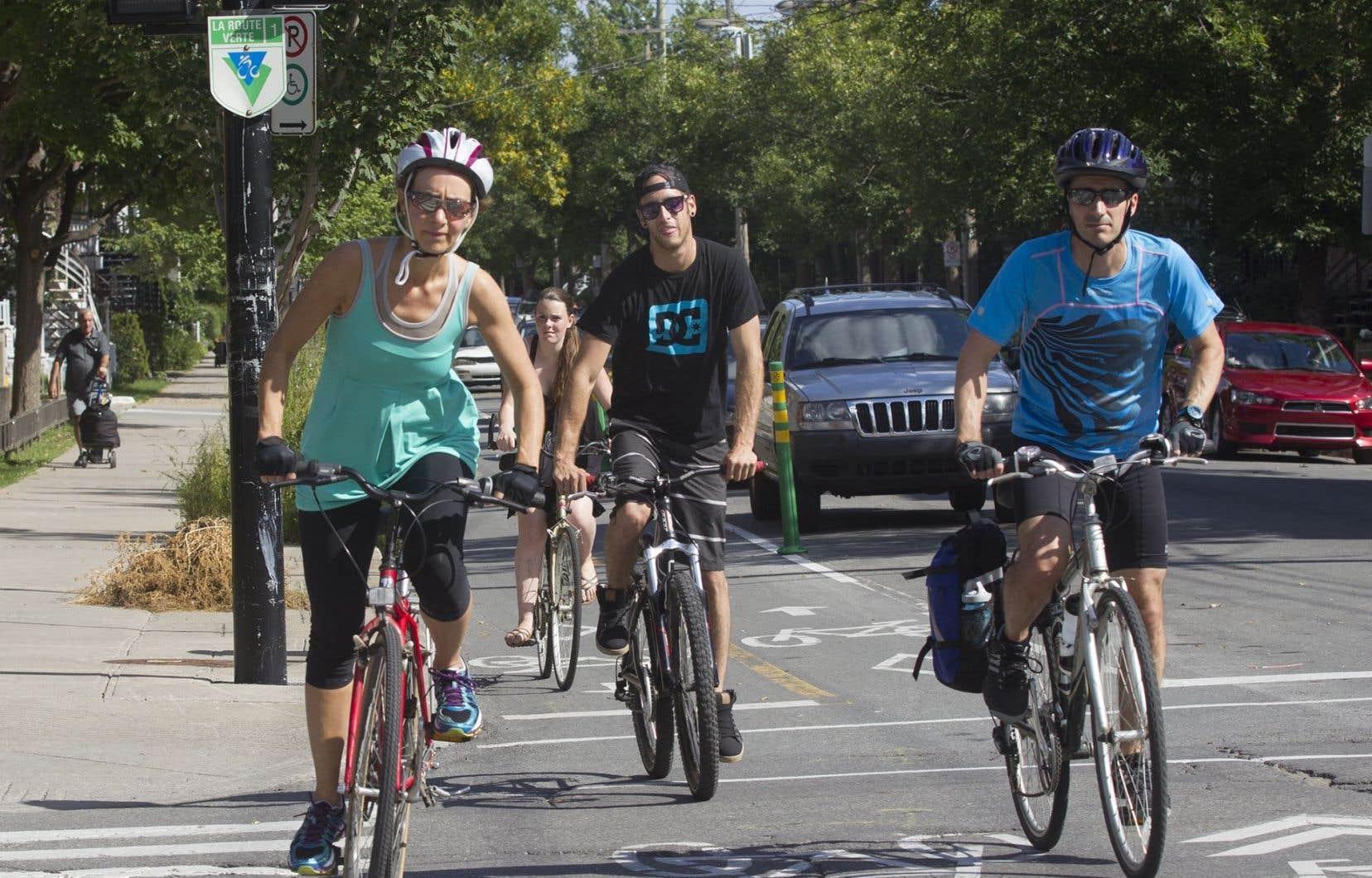 L'étude de l'Université de Colombie-Britannique note que la moitié (51%) des accidents de vélo au Canada survient dans la circulation.
