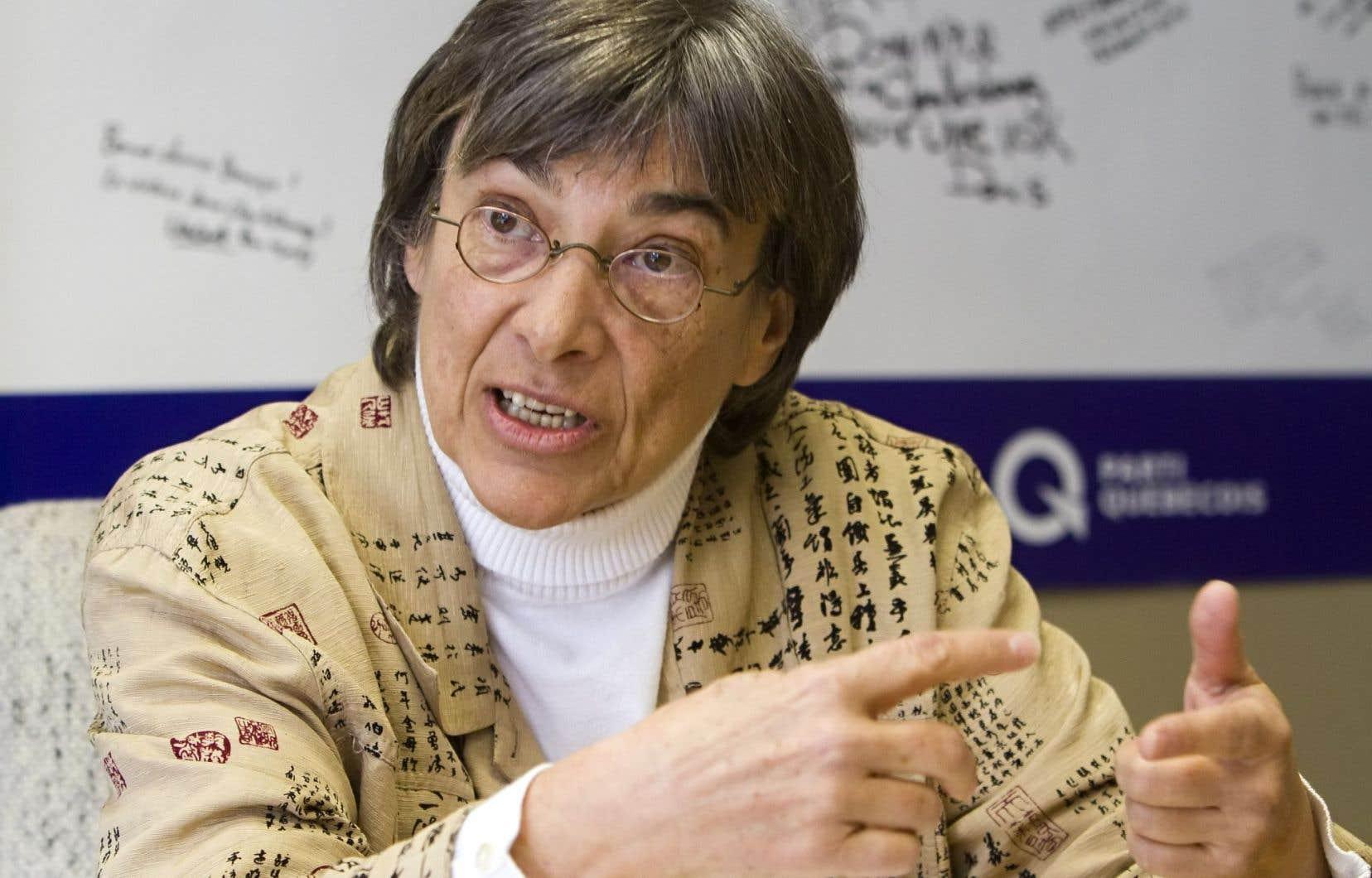 Le rapport de Dominique Payette sur les radios poubelles, intitulé « L'information à Québec, un enjeu capital », a suscité de nombreuses critiques.