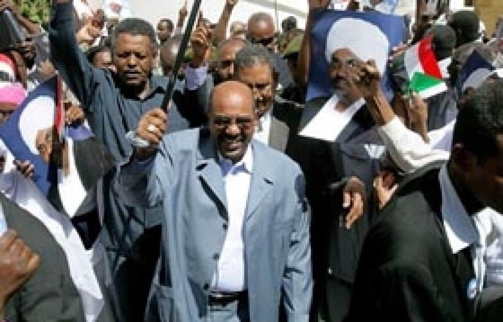 Omar al-Béchir cette semaine au centre d'un rassemblement de ses partisans