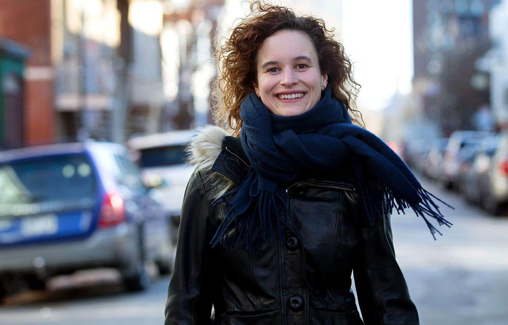 L'auteure et metteure en scène Véronique Côté
