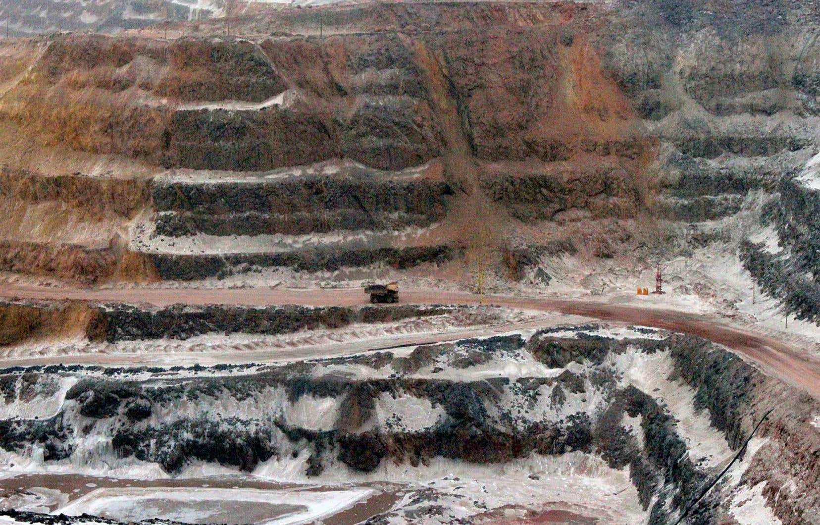 La mine à ciel ouvert d'ArcelorMittal Mines à Fermont