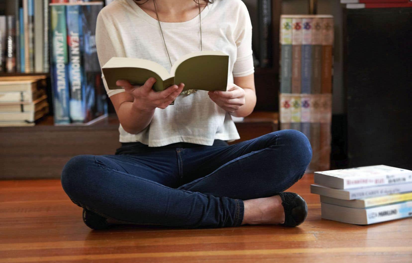 Dans tous les genres recensés en 2014, la fiction et la non-fiction dament le pion à la poésie, à la littérature jeunesse.