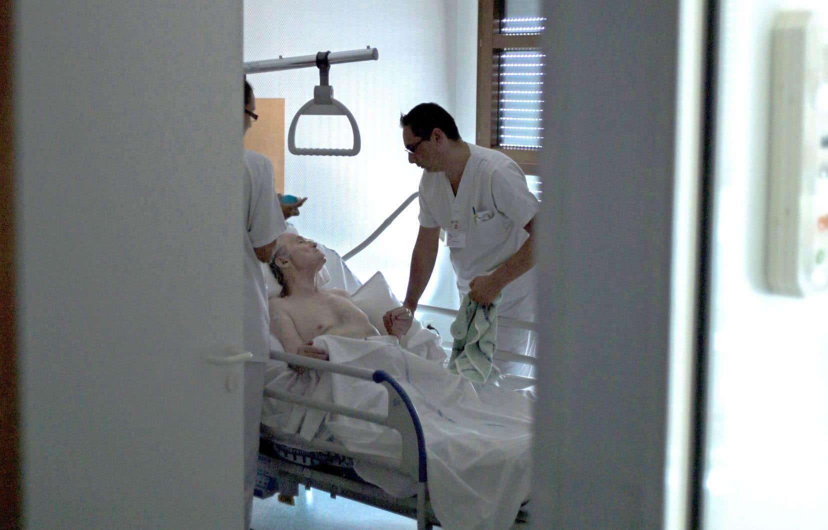 Les avocats fédéraux reconnaissent que le délai supplémentaire «aura un impact indéniable» sur les malades qui voulaient se prévaloir de cette aide à mourir le plus tôt possible.
