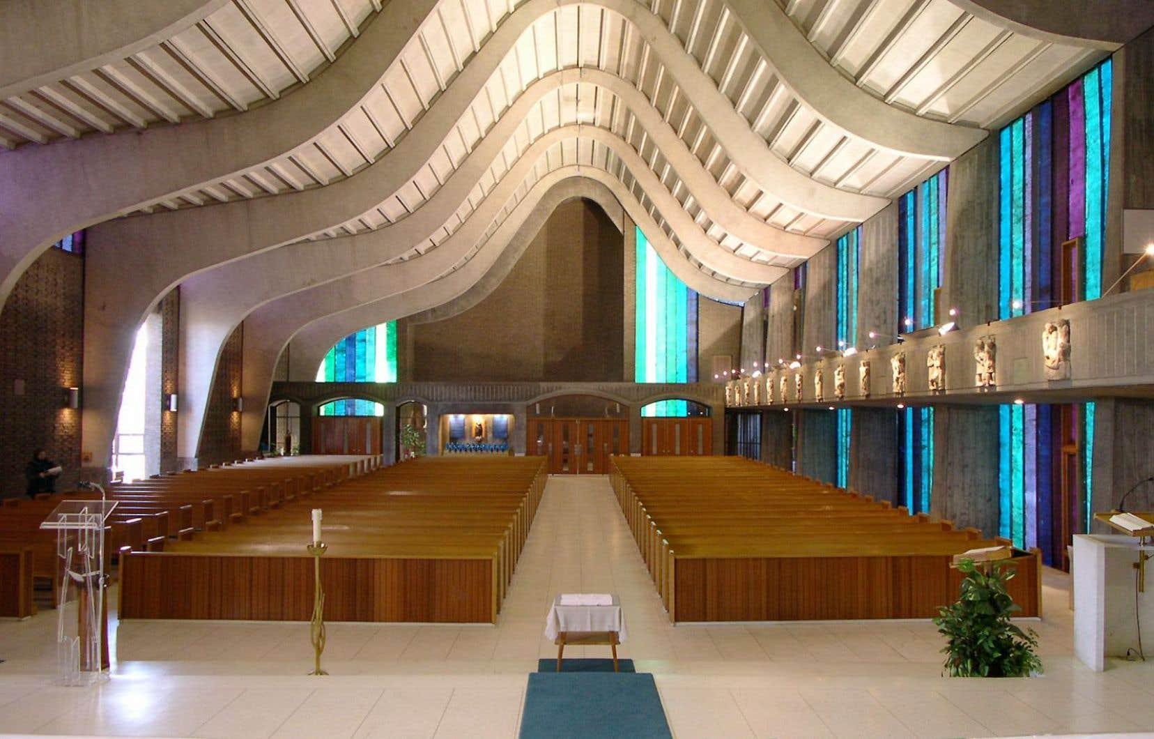En décembre, la fabrique a vidé l'église et vendu le mobilier et les objets qui s'y trouvaient.