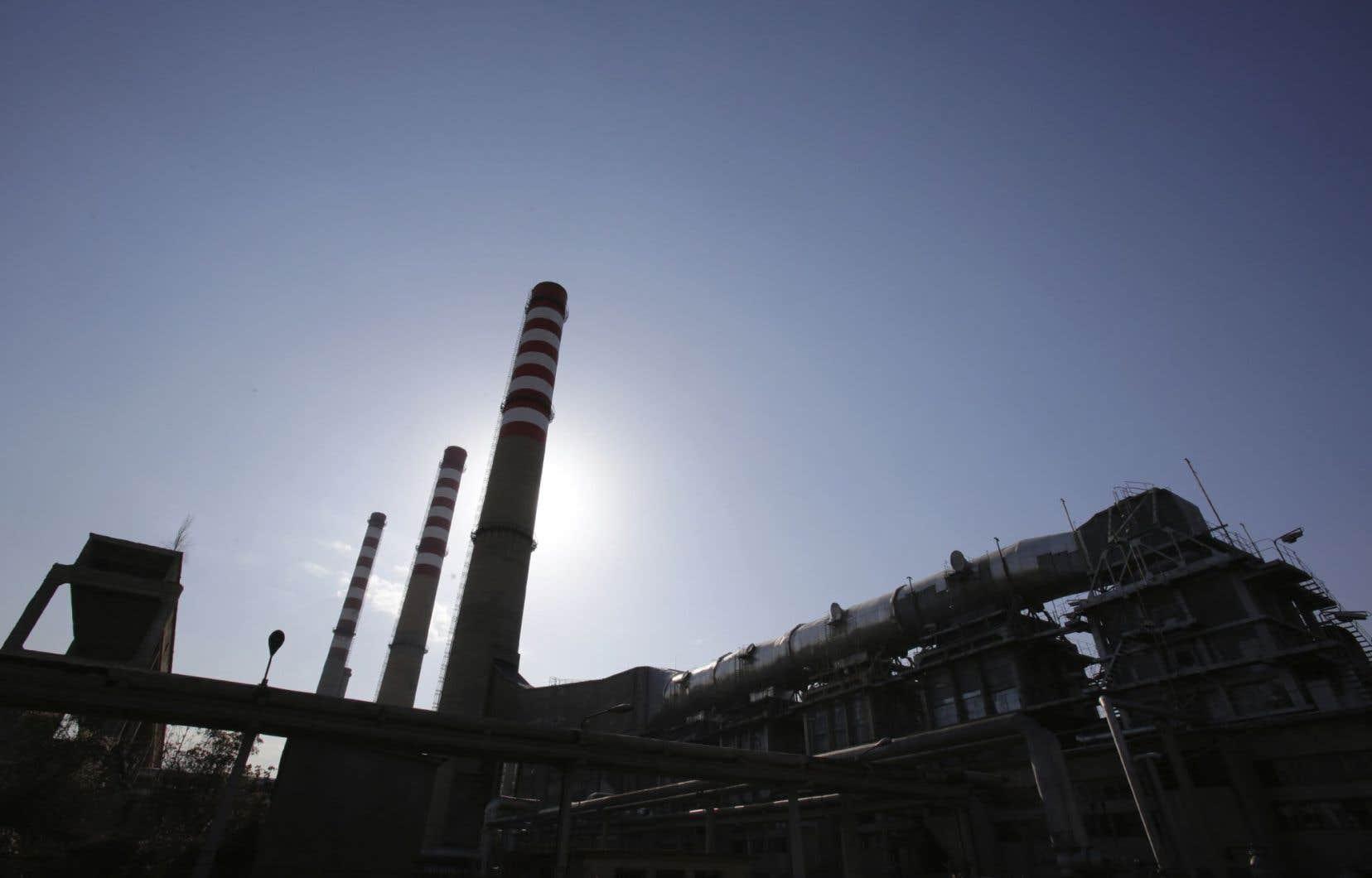 En raison du contrat signé avec TransCanada, environ 150 millions de dollars ont dû être versés par Hydro-Québec chaque année entre 2008 et 2014, uniquement pour garder la centrale fermée.