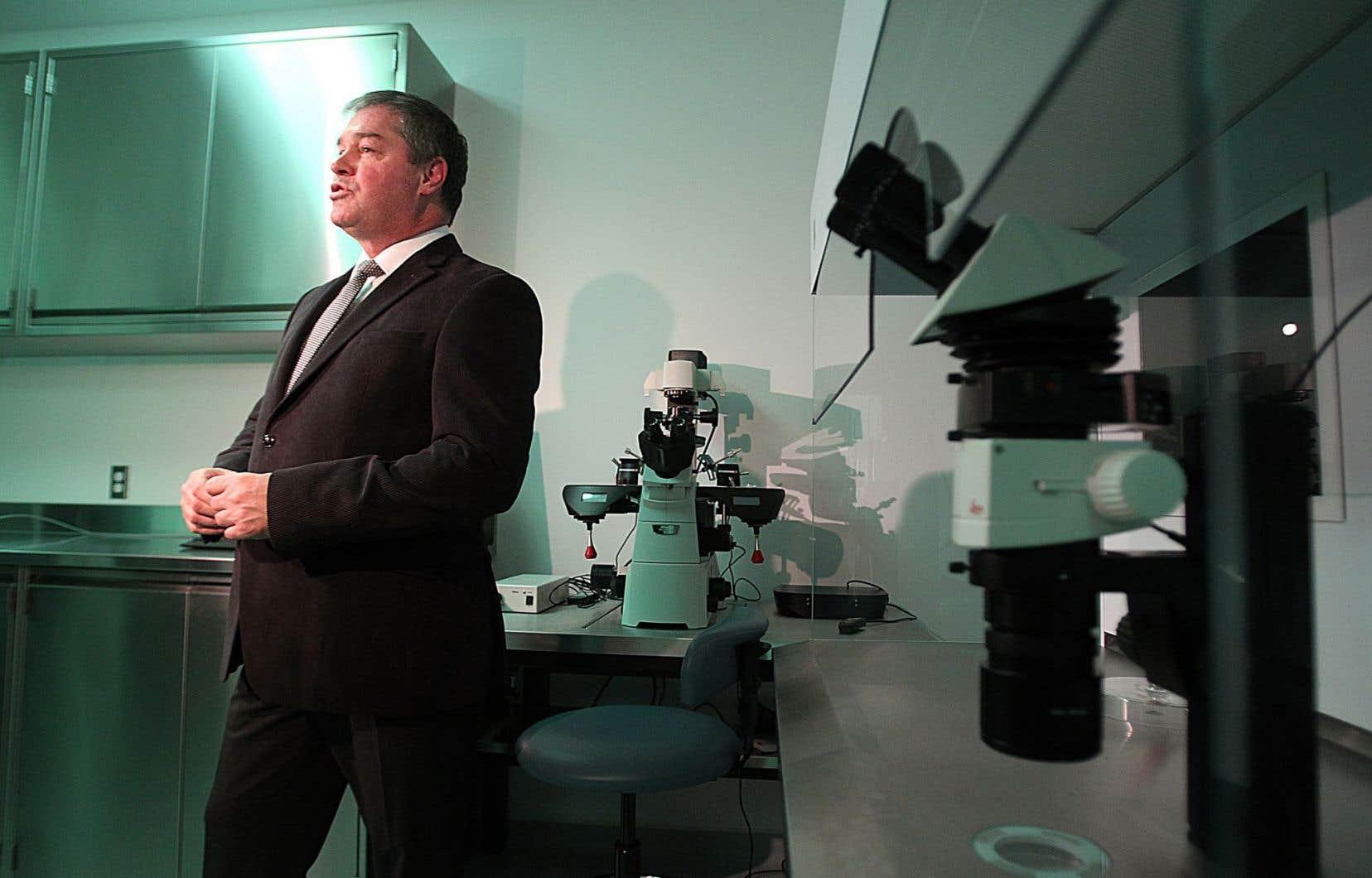 Ouverte en 2011 en présence de l'ex-ministre Yves Bolduc, au terme d'investissements publics de 16millions de dollars, la Clinique de procréation assistée du CHUM aurait dispensé près de 1000 cycles de FIV l'an dernier.