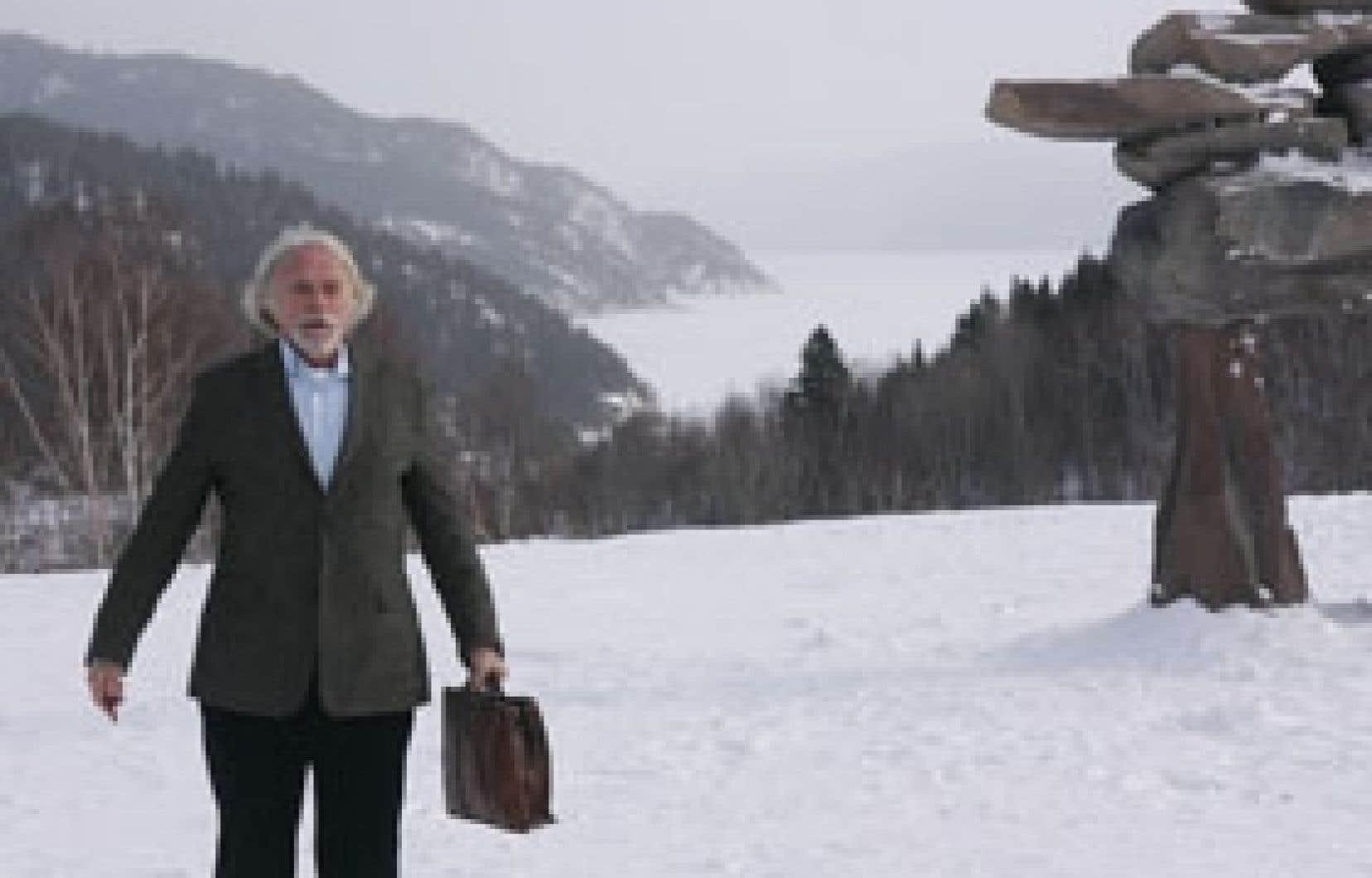 Le Bonheur de Pierre endosse les préjugés éculés sur les Québécois, comme sur les Français, et en perd ses gags.