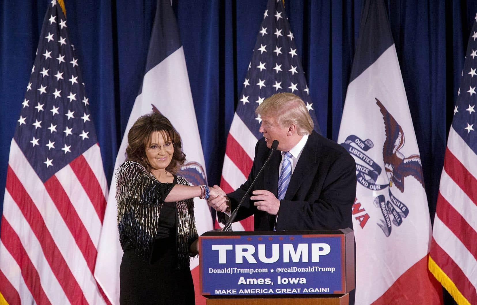 Le ralliement de l'égérie du Tea Party, Sarah Palin, pourrait renforcer Donald Trump en Iowa.