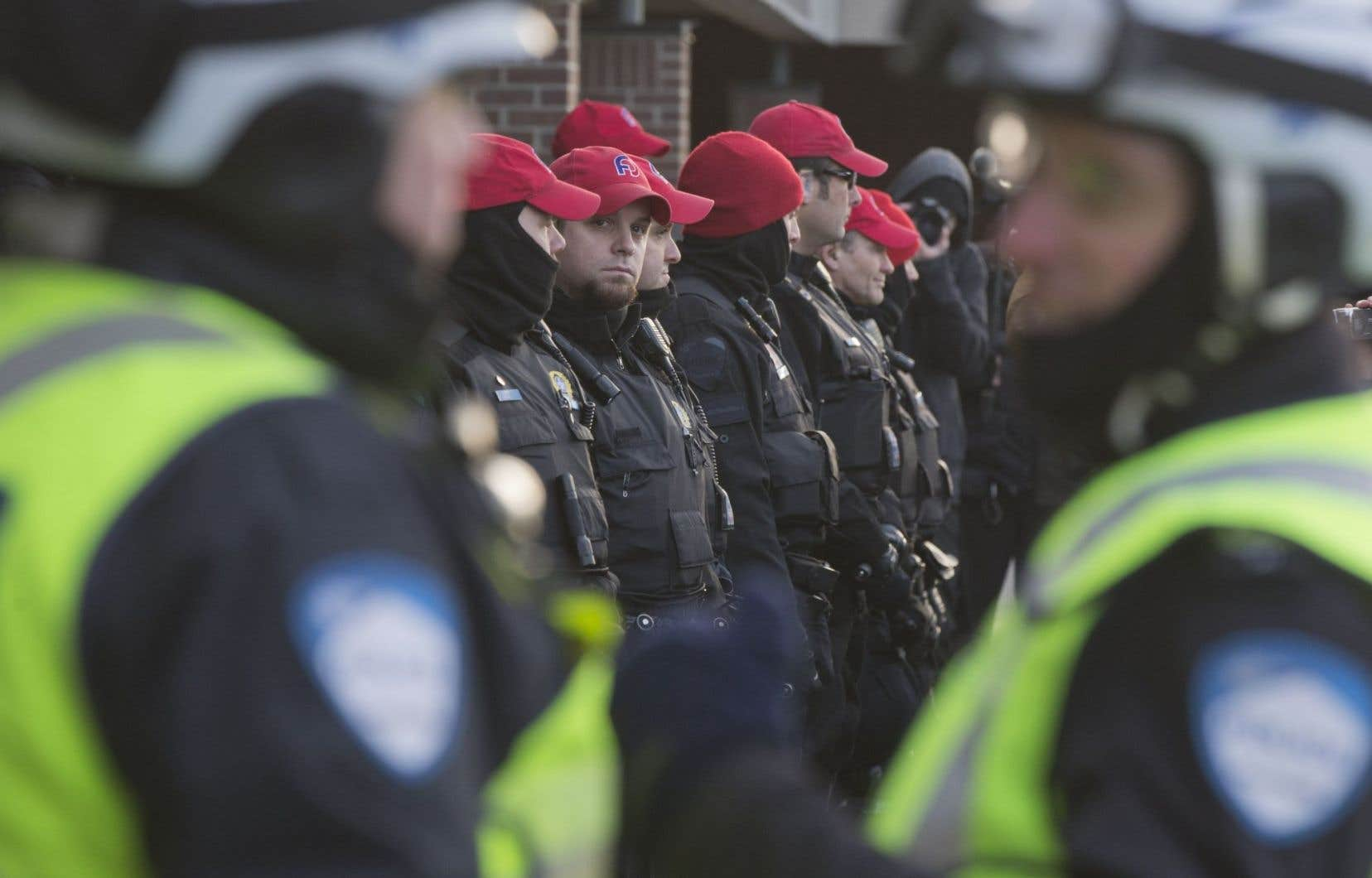 Les événements des dernières semaines nous poussent à croire que les relations entre le pouvoir politique libéral et les corps policiers sont, au Québec, symbiotiques.
