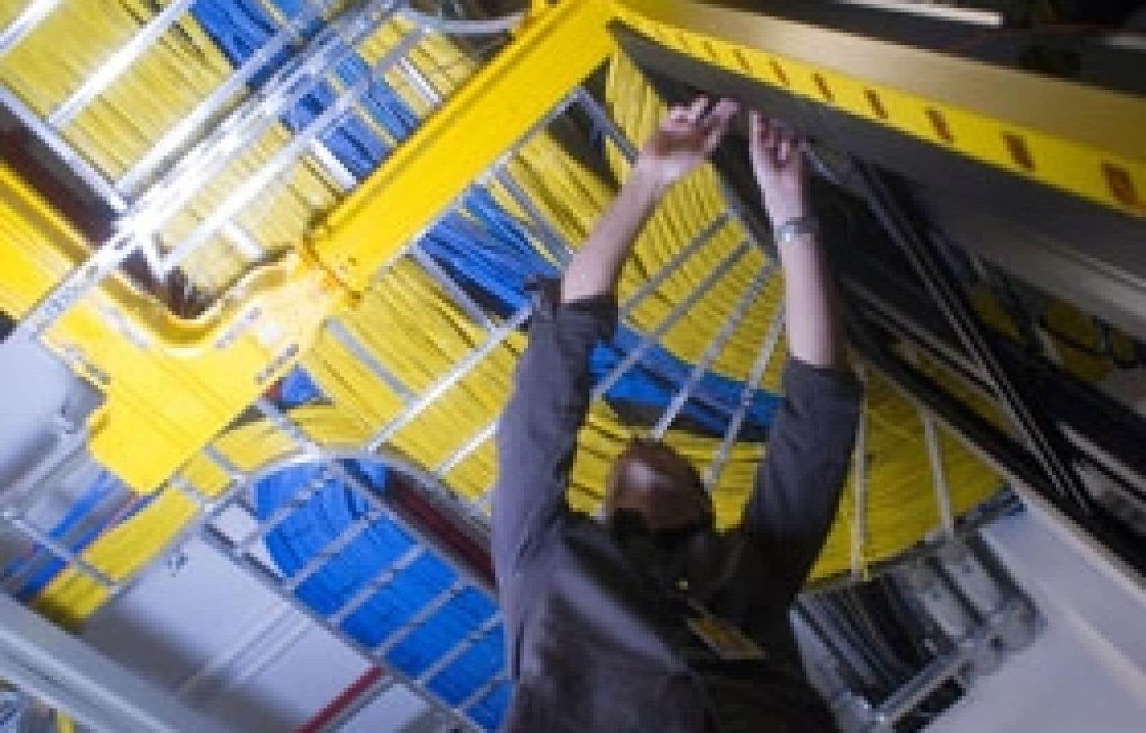 Le câblodistributeur Vidéotron a ajouté 54 100 abonnés à son service de téléphonie par câble, 32 400 abonnés à l'accès Internet par câble et 4800 lignes à son service de téléphonie sans fil.