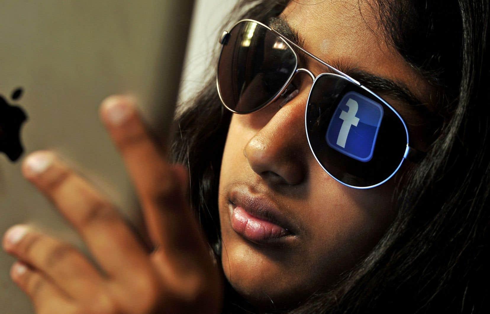 La plupart des géants de la Silicon Valley, dont Facebook, sont régulièrement accusés de vouloir échapper à l'impôt en faisant voyager leurs revenus d'un pays à l'autre grâce à des montages complexes, au gré des taux d'imposition.