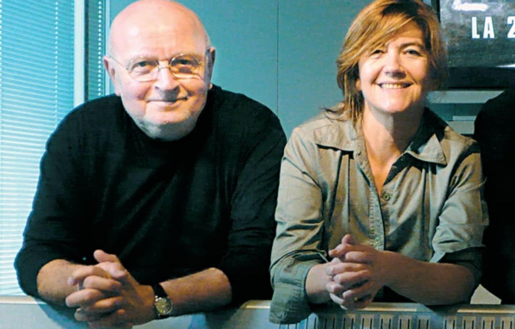 L'historien Daniel Costelle en compagnie de la réalisatrice d'Apocalypse: la 2e Guerre mondiale, Isabelle Clarke