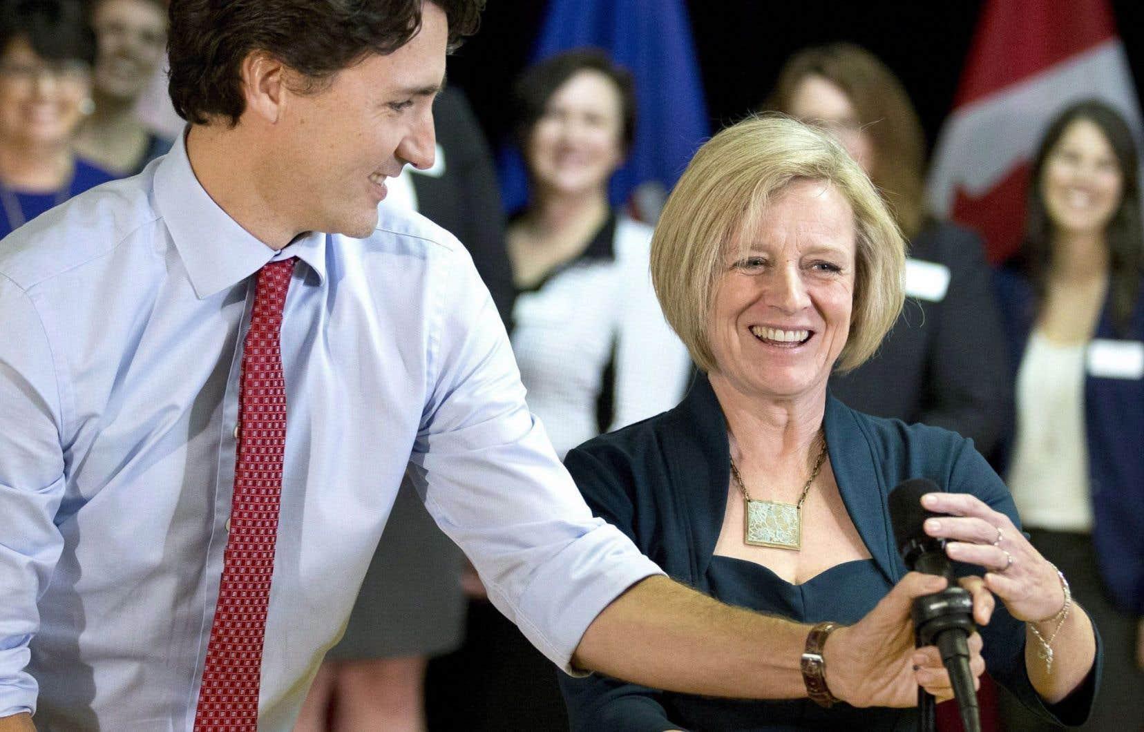 Rachel Notley, première ministre de l'Alberta, avait profité du passage à Edmonton de Justin Trudeau, au début du mois, pour lui présenter officiellement une demande d'aide financière.