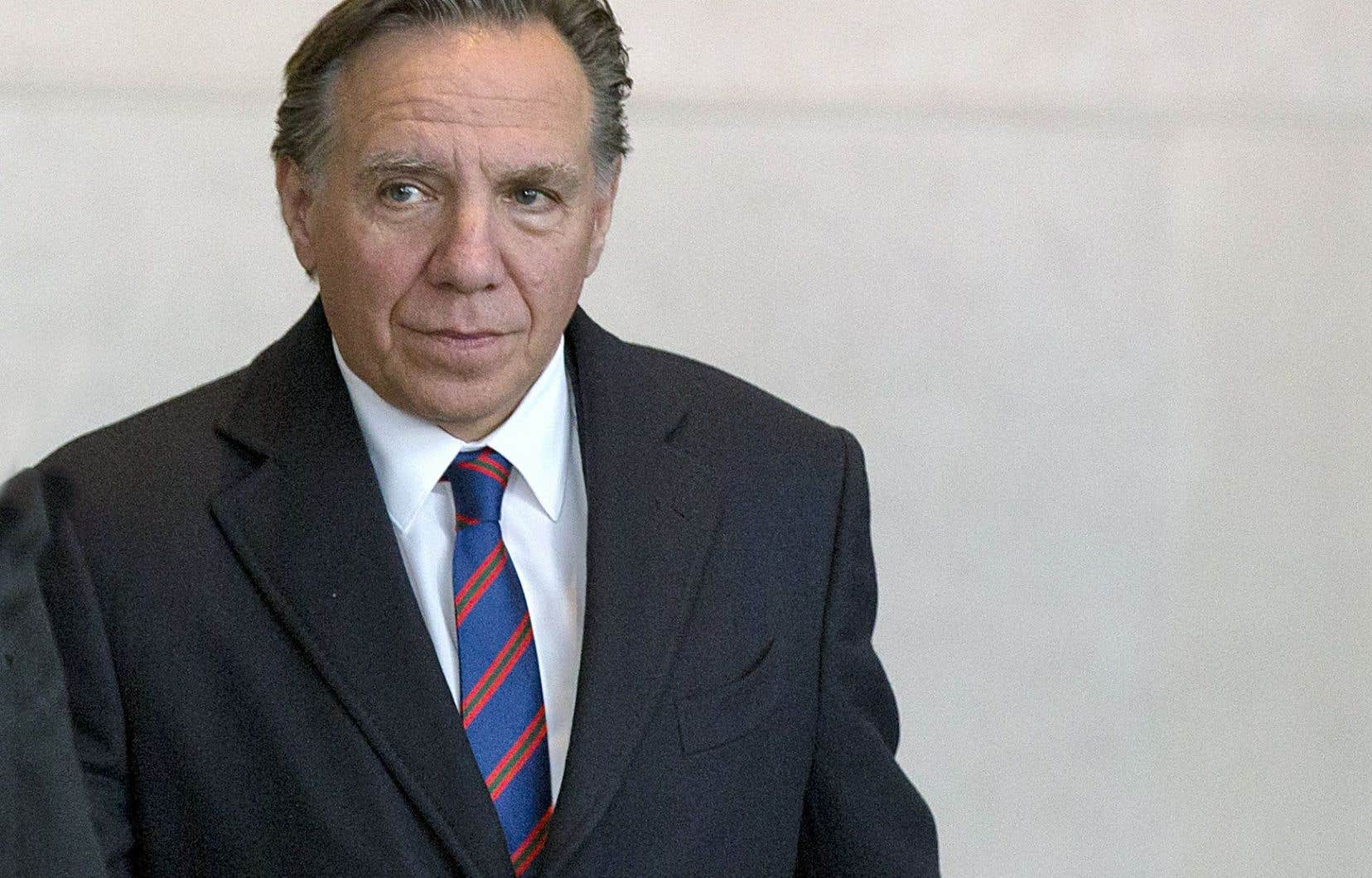 Le chef de la CAQ, François Legault, est allé rencontrer le grand patron de Bombardier au siège social de l'entreprise, à Montréal.