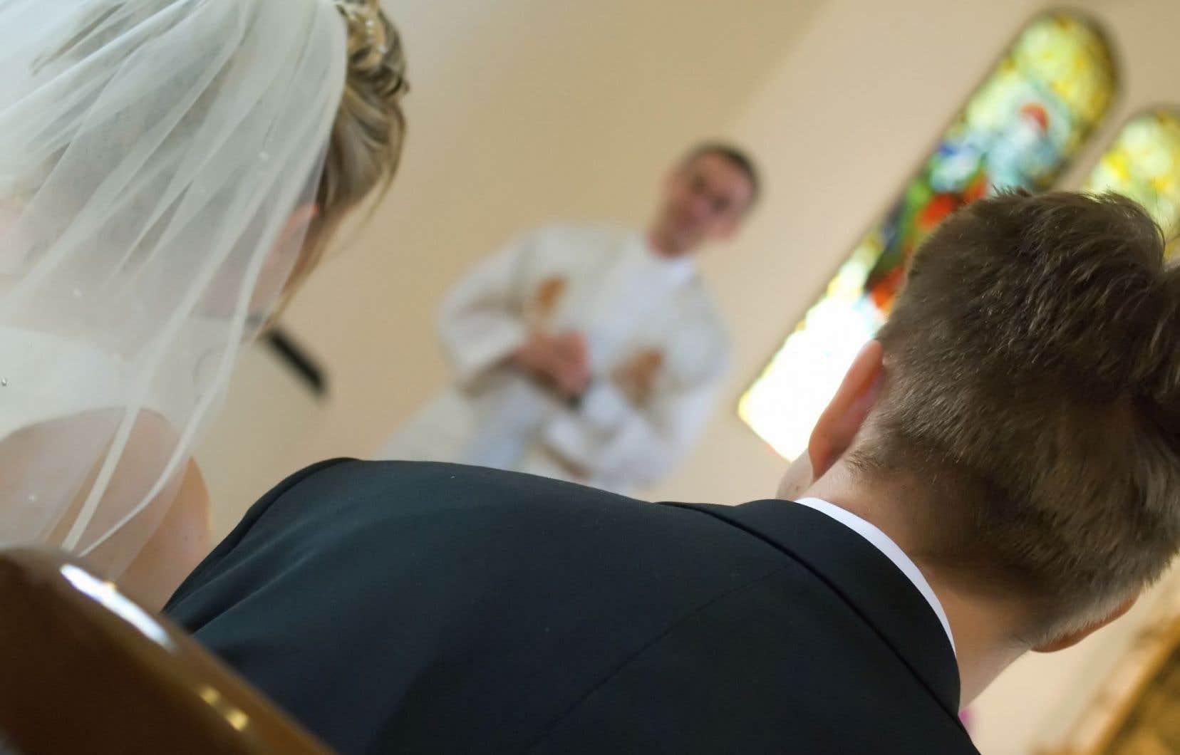 Selon François Sarrazin, chancelier du Diocèse de Montréal, tout mariage célébré à l'Église par un ministre du culte doit être enregistré par l'état civil.