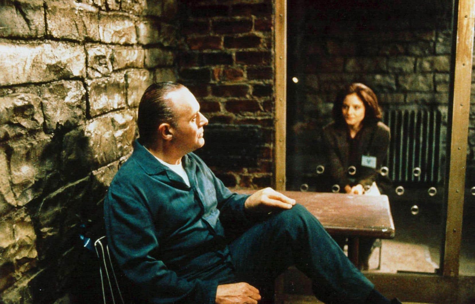 Le film valut à Anthony Hopkins et Jodie Foster les Oscar d'interprétation.