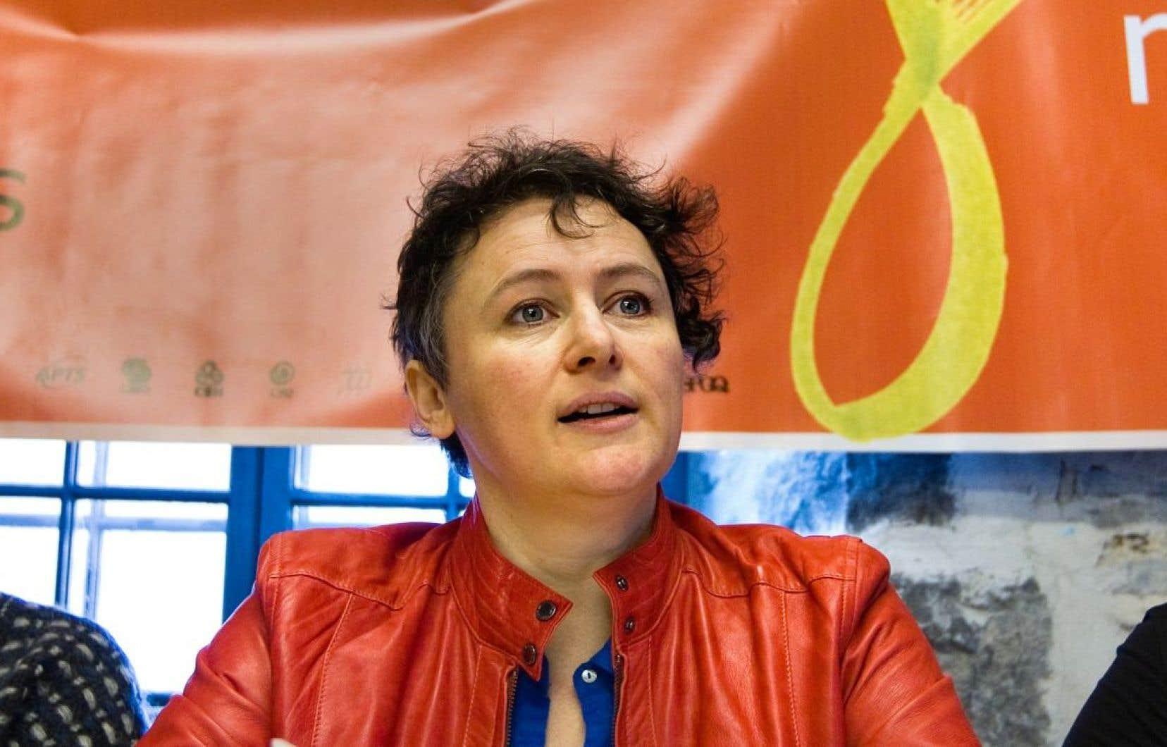 Le féminisme ne cesse d'évoluer et de se renouveler, selon l'ancienne présidente de la Fédération des Femmes du Québec, Alexa Conradi.