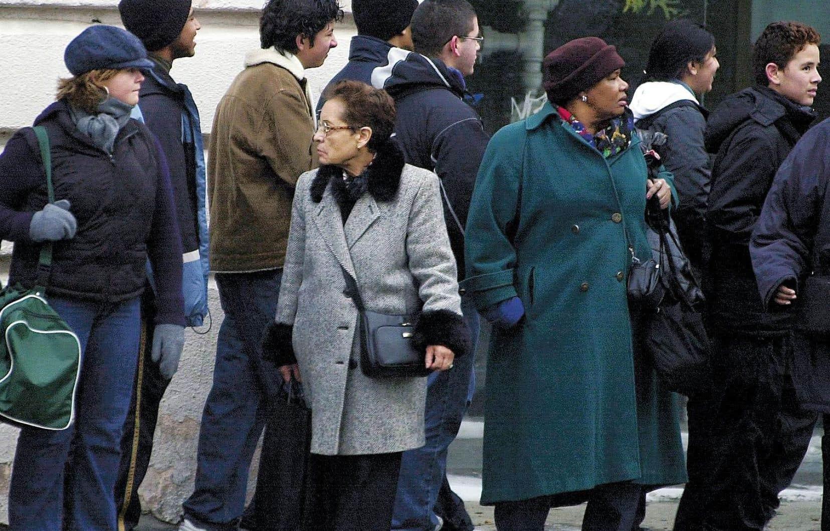 Les études indiquent qu'au Québec, nombre d'immigrants occupent des emplois pour lesquels ils sont trop qualifiés.