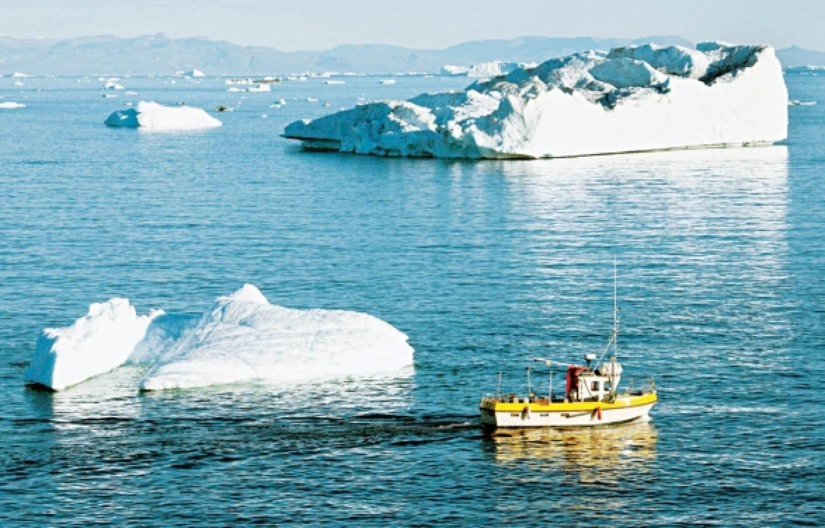 La fonte des glaciers du Groenland s'accélère à un rythme qui dépasse toutes les prévisions, ce qui va forcer l'ONU à réexaminer la problématique de la hausse des océans