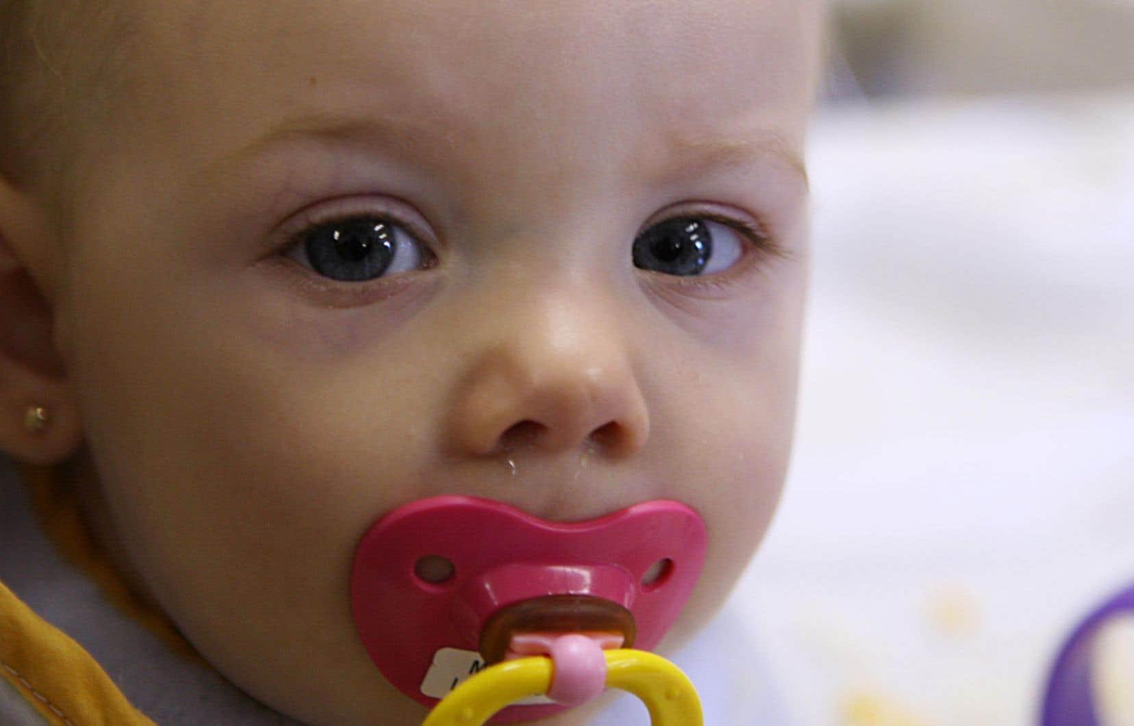 Une augmentation des cas et des hospitalisations a été constatée en 2014-2015. Selon le Comité sur l'immunisation, cela est en partie dû au fait que la première dose a été reportée de 12 à 18 mois, et des bébés non vaccinés ont contracté la maladie.