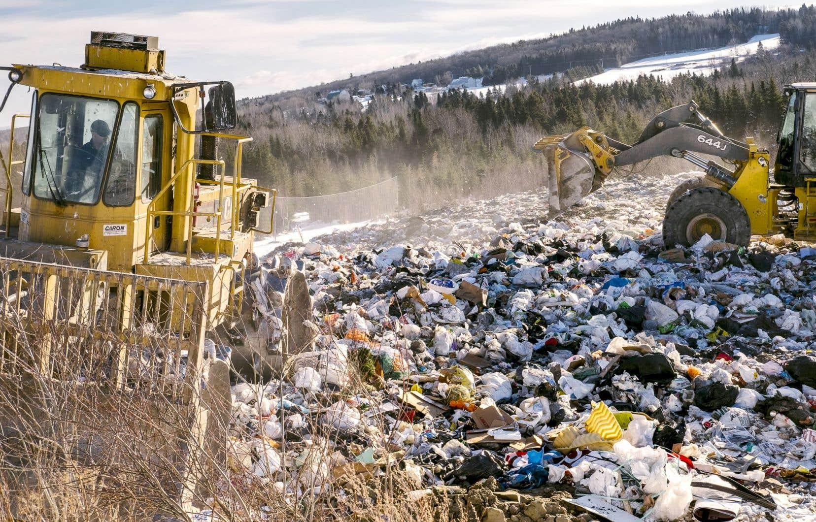 En transférant du mâchefer de l'incinérateur à Armagh, la Ville de Québec pourrait limiter les quantités qu'elle envoie à son propre site d'enfouissement à Saint-Joachim.
