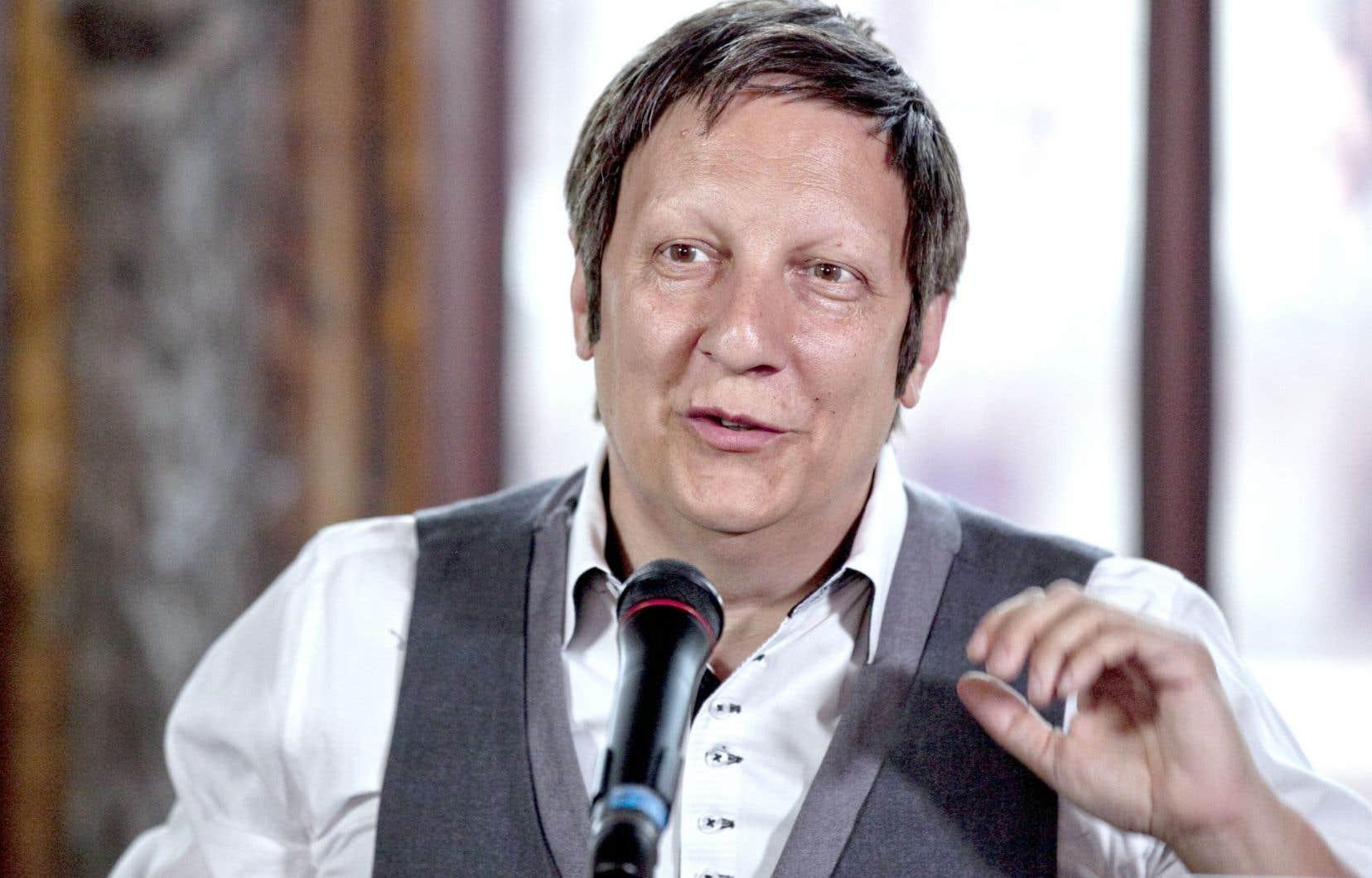 Robert Lepage lors d'une conférence de presse en juin 2012, dans les locaux qui abriteront le théâtre Le Diamant, à Québec.