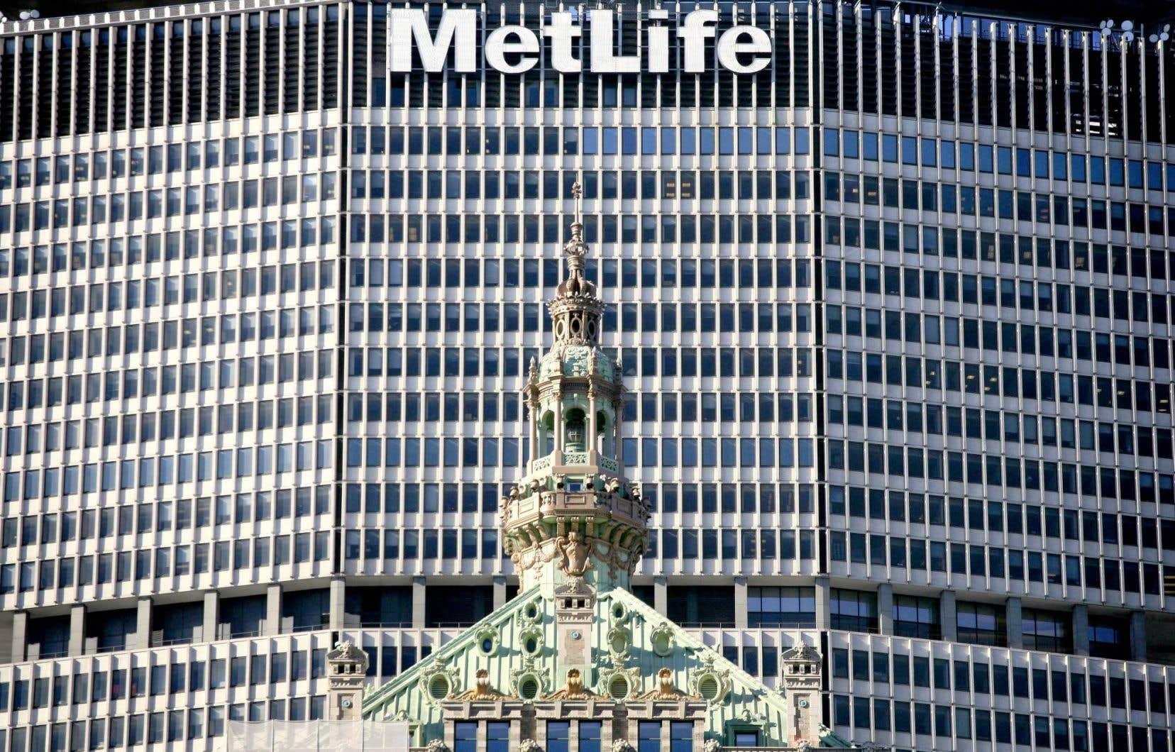 Un juge américain a donné raison à l'assureur MetLife, qui contestait son statut d'institution trop importante pour faire faillite.