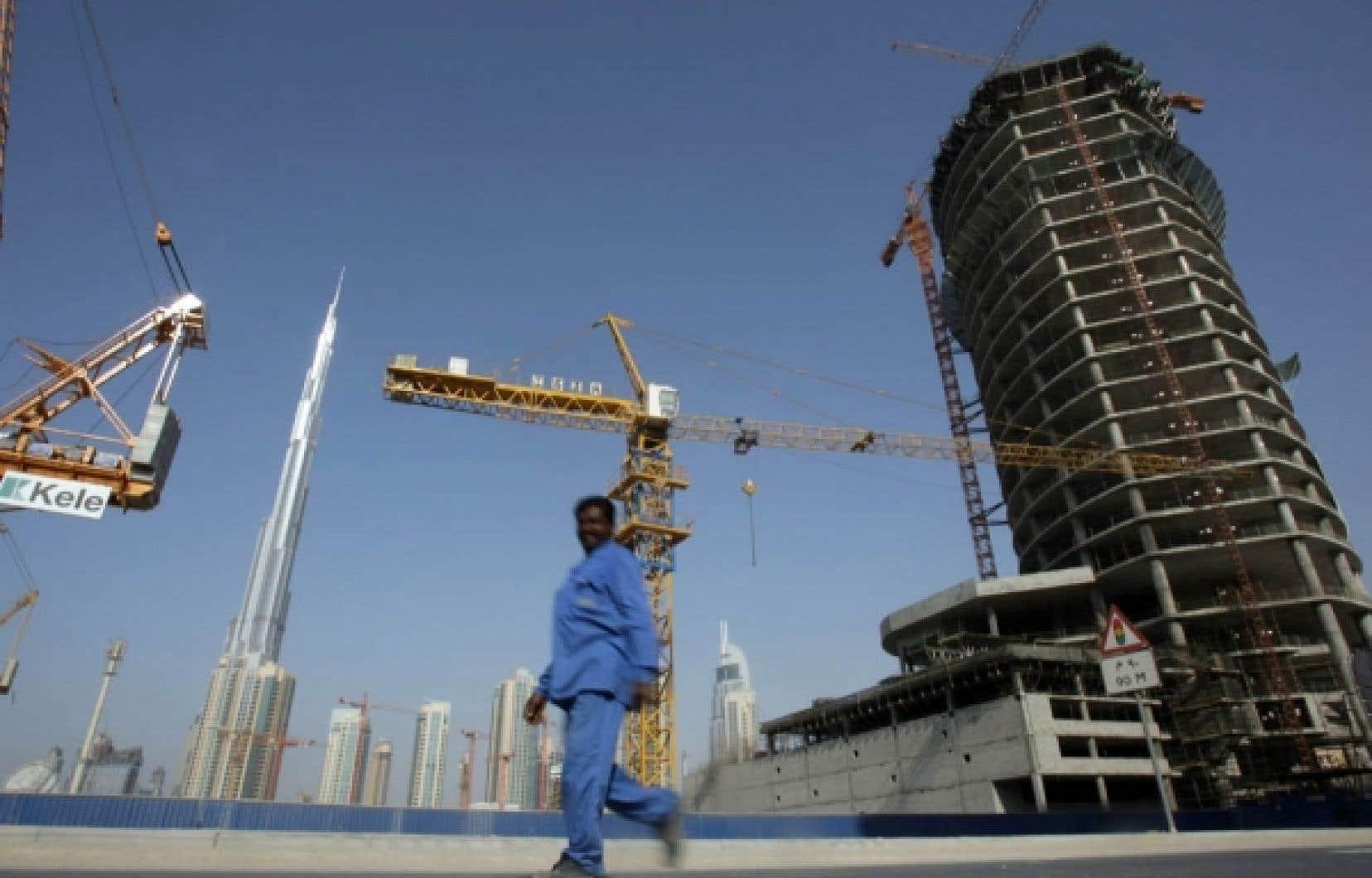 Les expatriés constituent, avec la main-d'œuvre étrangère, plus de 80 % des habitants de Dubaï.