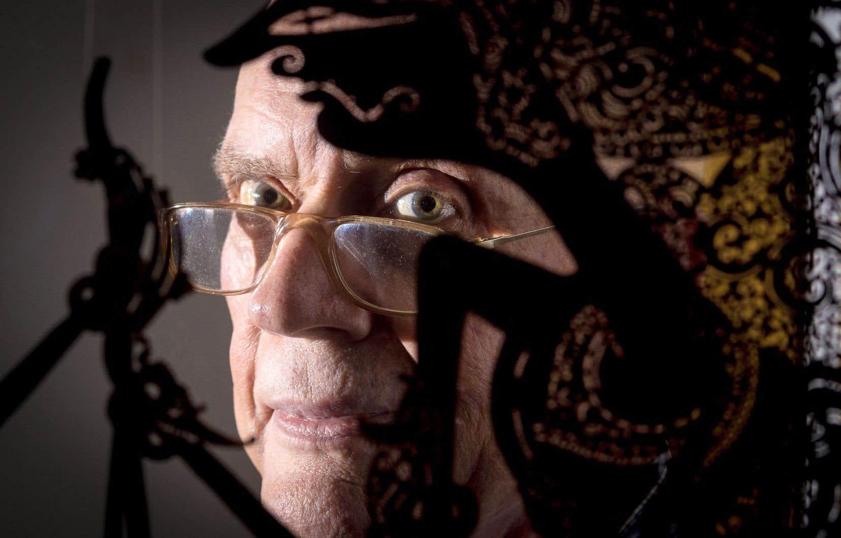 Hans-Jürgen Greif est un portraitiste au regard acéré qui semble fuir comme la peste la facilité.