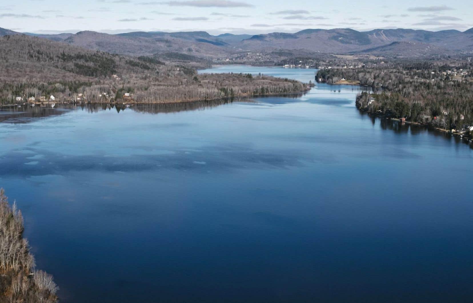 Voté le 15 mars dernier, le règlement de contrôle intérimaire (RCI) vise à protéger le réservoir d'eau potable de la Ville de Québec, le lac Saint-Charles.