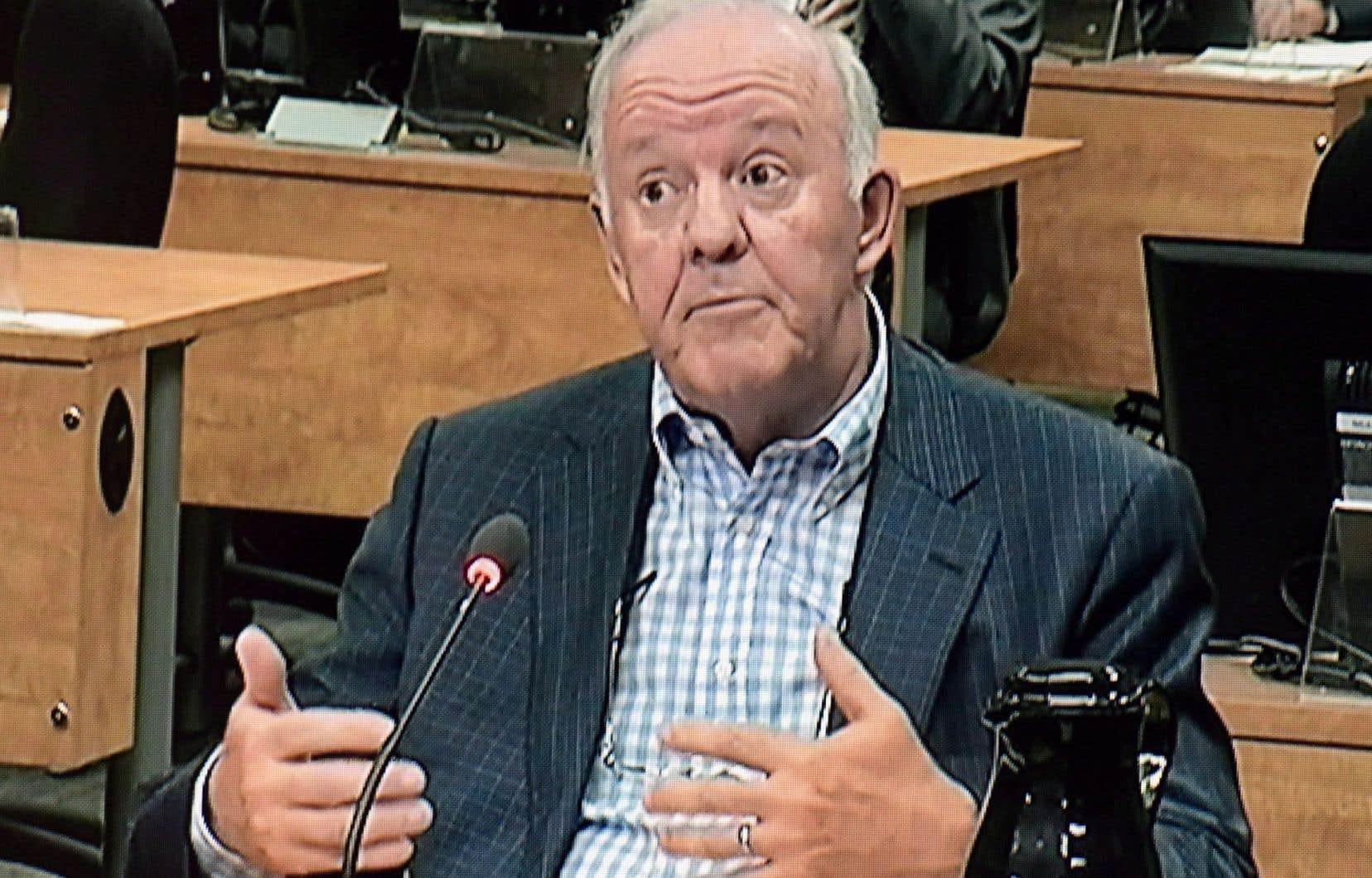 """«Marc-Yvan Côté est-il encore le """"parrain de notre MRC""""? Qui sait?» demande Serge Gauthier."""