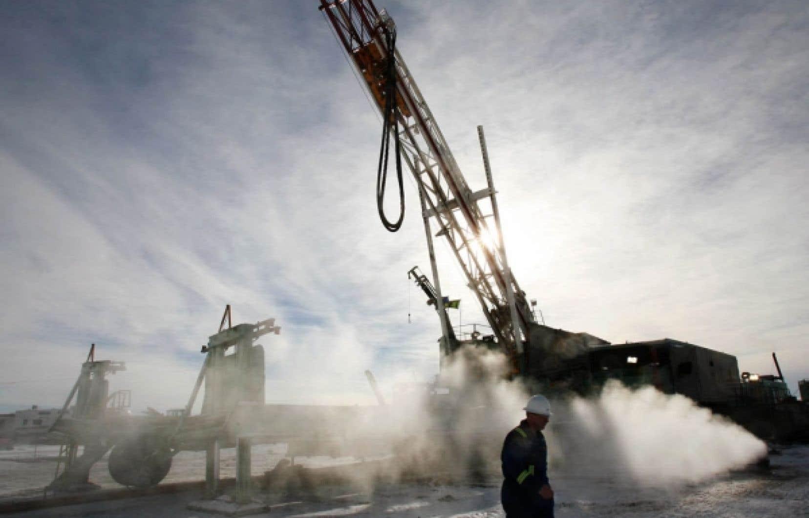 La meilleure province selon le classement de l'indice du bien-être économique en 2008 était l'Alberta, notamment en raison des revenus que lui apporte l'exploitation de ses hydrocarbures et de son taux de chômage très bas.
