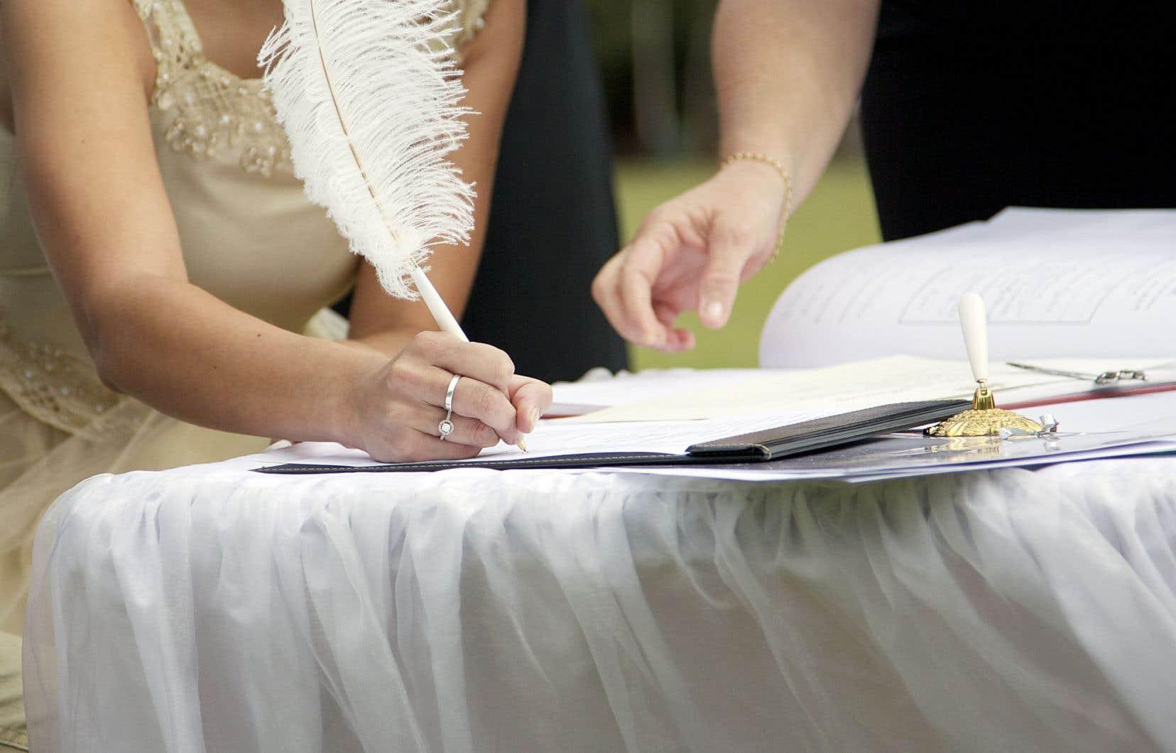 Un avocat spécialisé en immigration dit voir des couples stupéfiés d'apprendre qu'ils ne sont pas mariés selon la loi.
