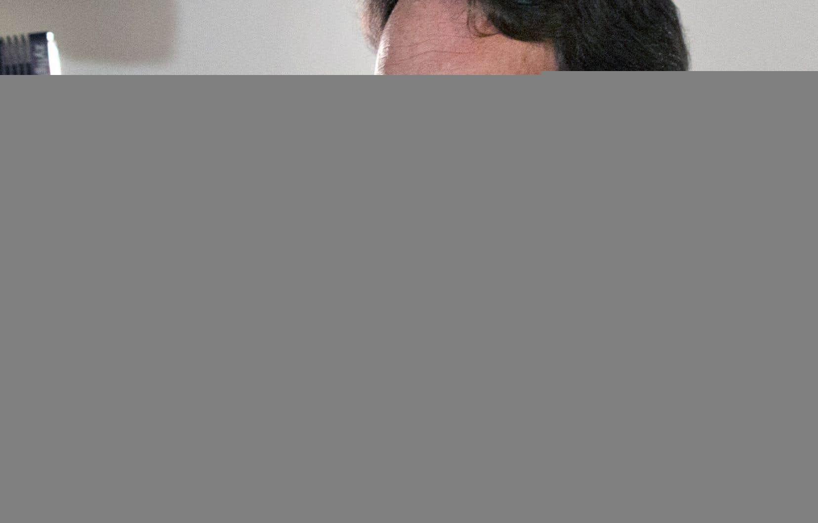 Pierre Karl Péladeau a annoncé son retrait complet de la politique.