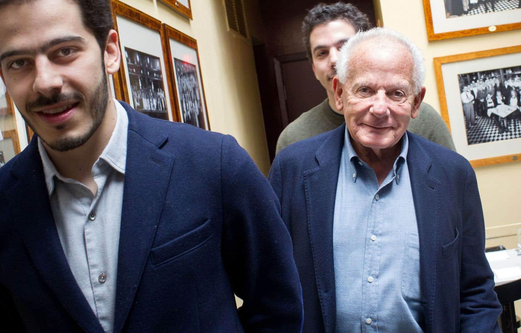 Le producteur français Marin Karmitz est à Montréal avec ses fils Nathanaël et Elisha.