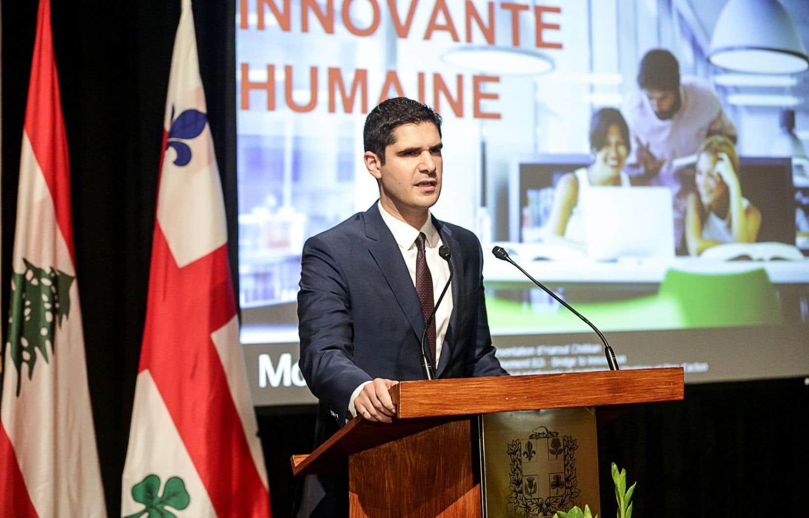 Harout Chitilian est responsable de la réforme administrative, de la jeunesse, de la ville intelligente ainsi que des technologies de l'information à la Ville de Montréal.