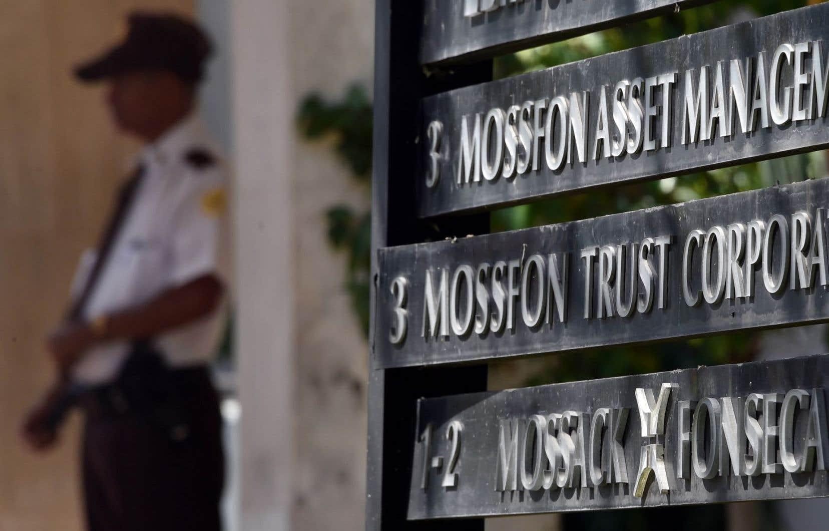Les Panama Papers, c'est cette fuite de 11,5 millions de documents confidentiels du cabinet panaméen Mossack Fonseca, lequel a permis à de riches clients de cacher des millions de dollars dans des paradis fiscaux.