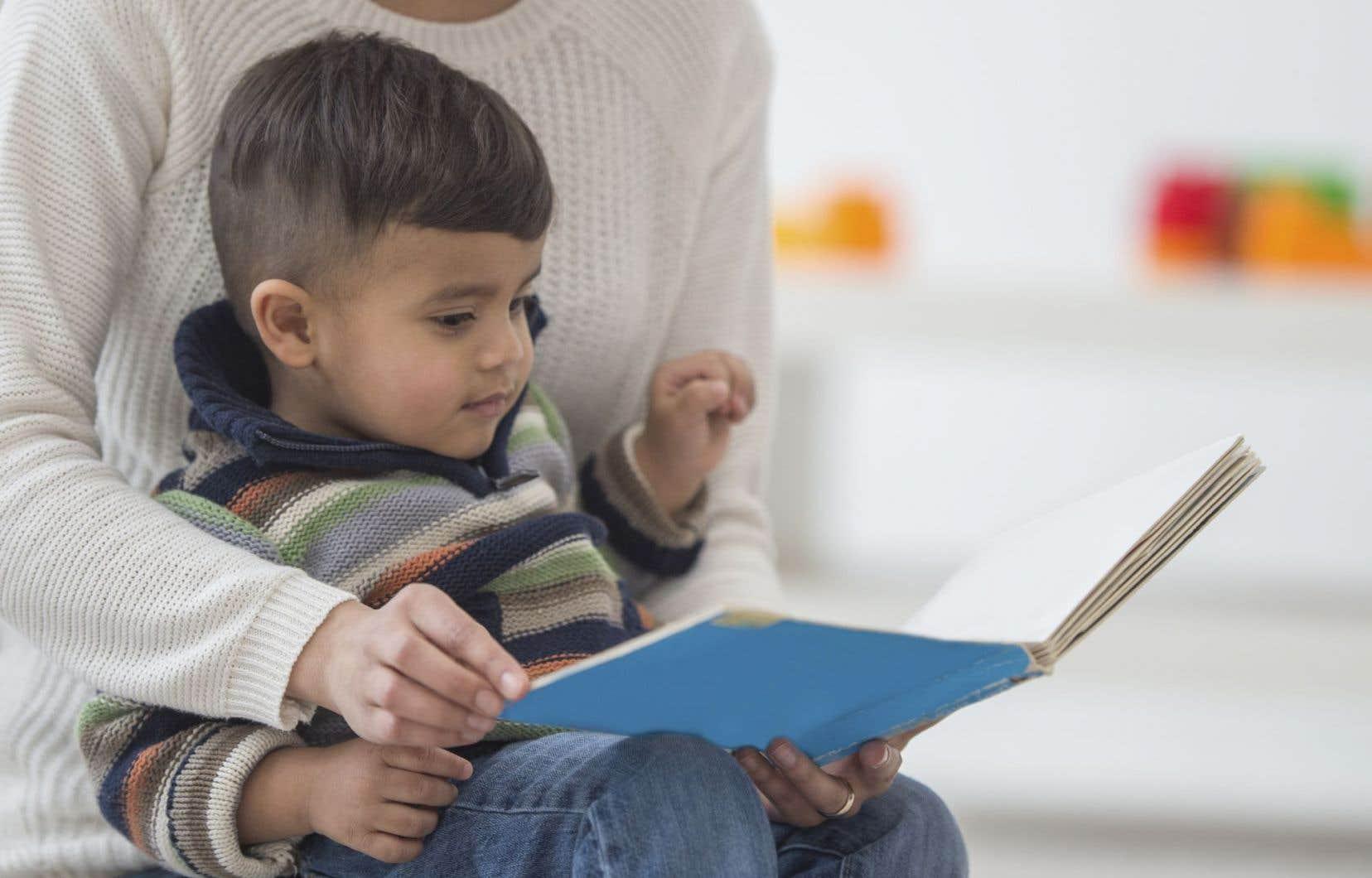 Selon le constat des chercheurs, les enseignants interrogés ne donnent pas à lire des ouvrages faisant une place à la diversité culturelle.