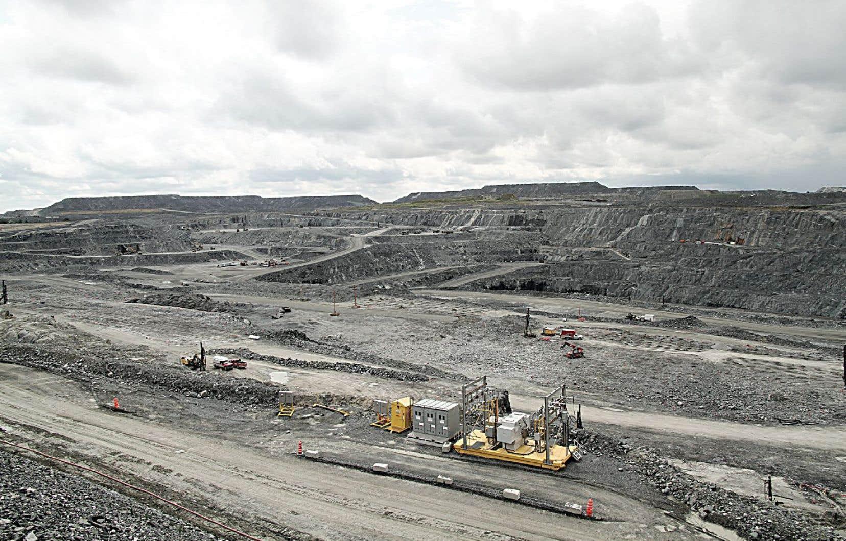 La fosse de la mine d'or de Malartic pourrait s'agrandir si le projet de l'entreprise est approuvé.