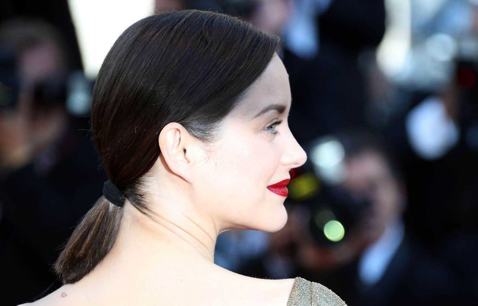 L'actrice française Marion Cotillard est à Cannes pour deux films en compétition. Elle y était dimanche pour défendre «Mal de pierres», de Nicole Garcia.