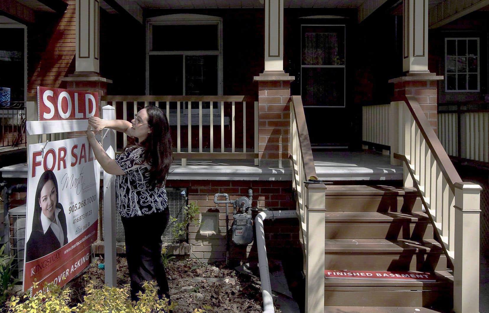 La valeur moyenne des propriétés vendues était de 508 097 $ le mois dernier, en progression de 13,1 % par rapport à avril 2015. Si l'on exclut les marchés de Toronto et de Vancouver, le prix moyen atteignait 369 222 $, en hausse de 8,7 % sur un an.