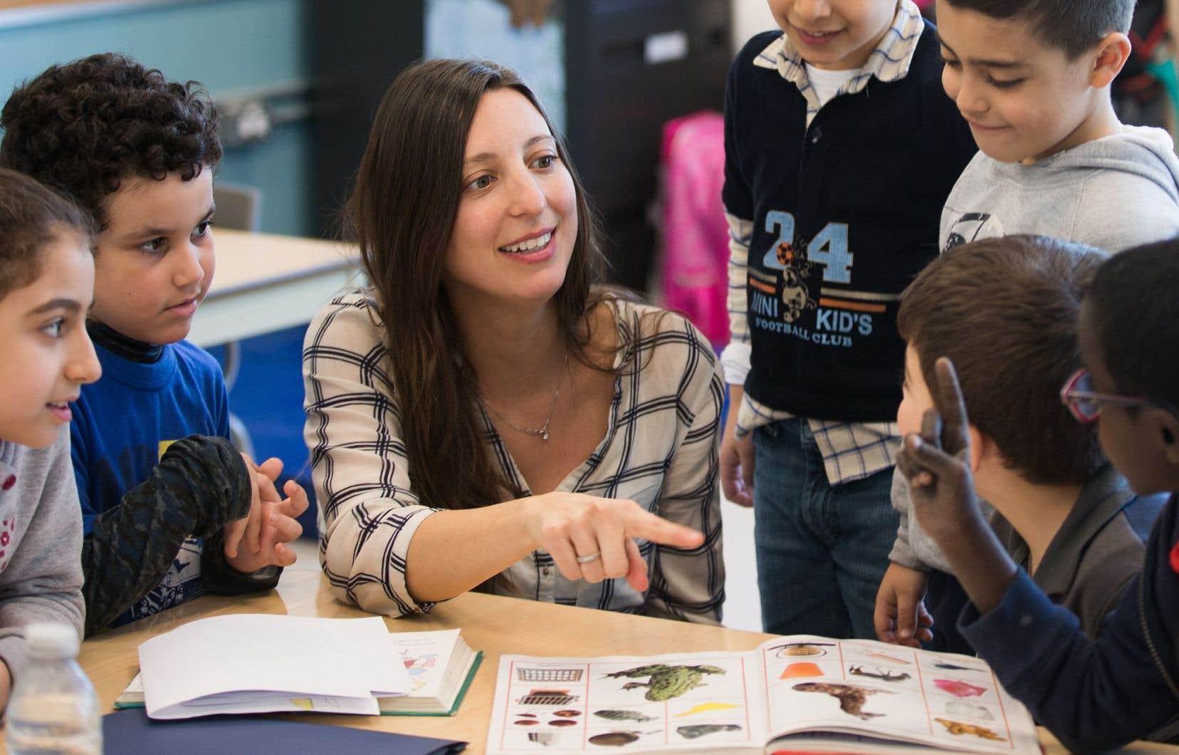 Les Québécoises choisissent encore en grande majorité les programmes les plus fréquentés par des femmes, comme l'enseignement.