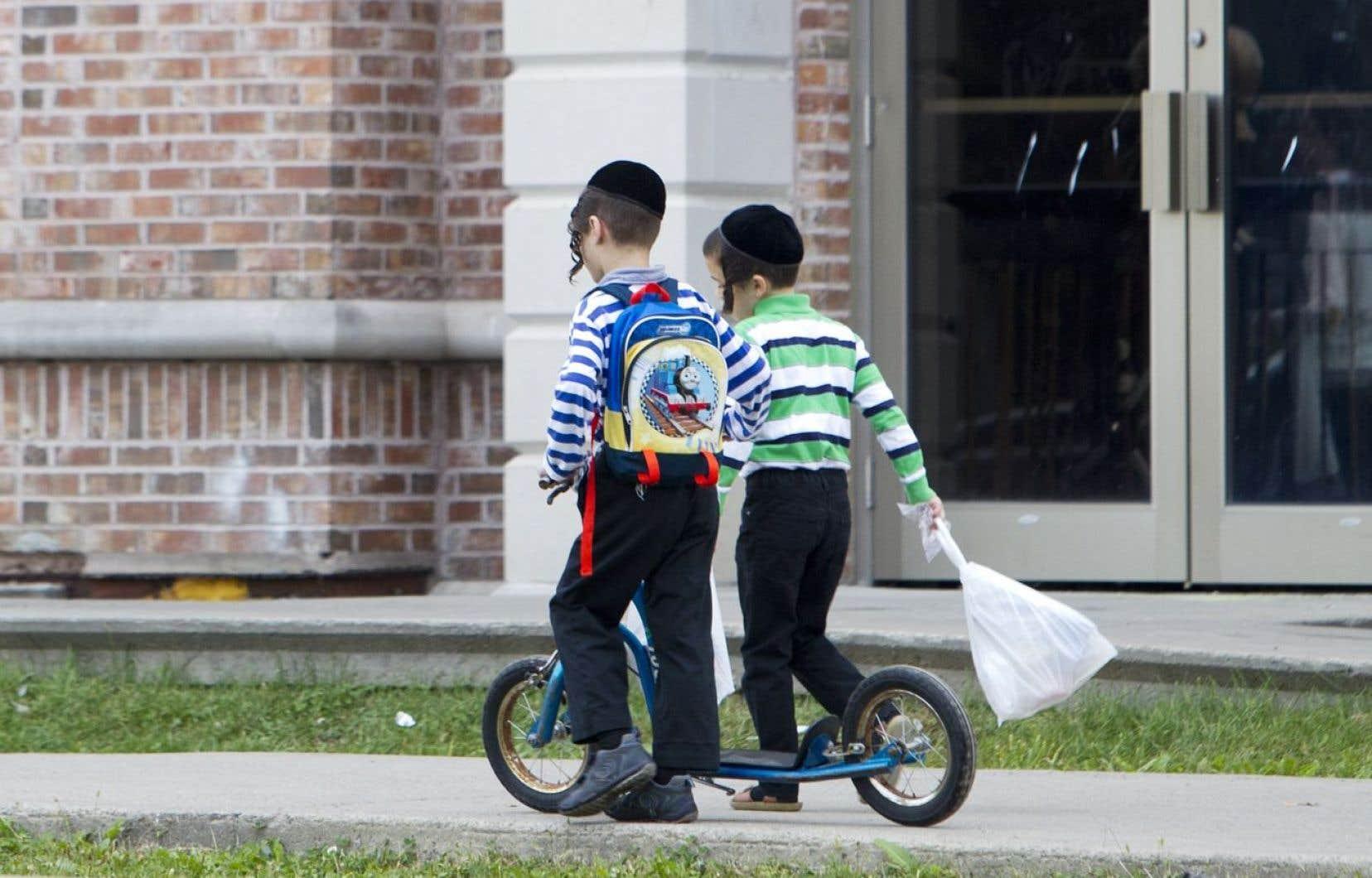 Le ministre de l'Éducation a proposé une voie de passage aux membres des communautés juives souhaitant à tout prix envoyer leurs enfants dans une «école» hors de l'orbite du MELS: la scolarisation à la maison.